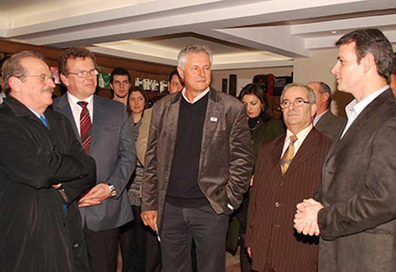 Photo of Dom Pedrito – Governador Tarso Genro visita Vitivinícola Guatambu