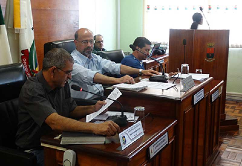 Photo of Dom Pedrito – Câmara Municipal aprova por unanimidade o abono do magistério