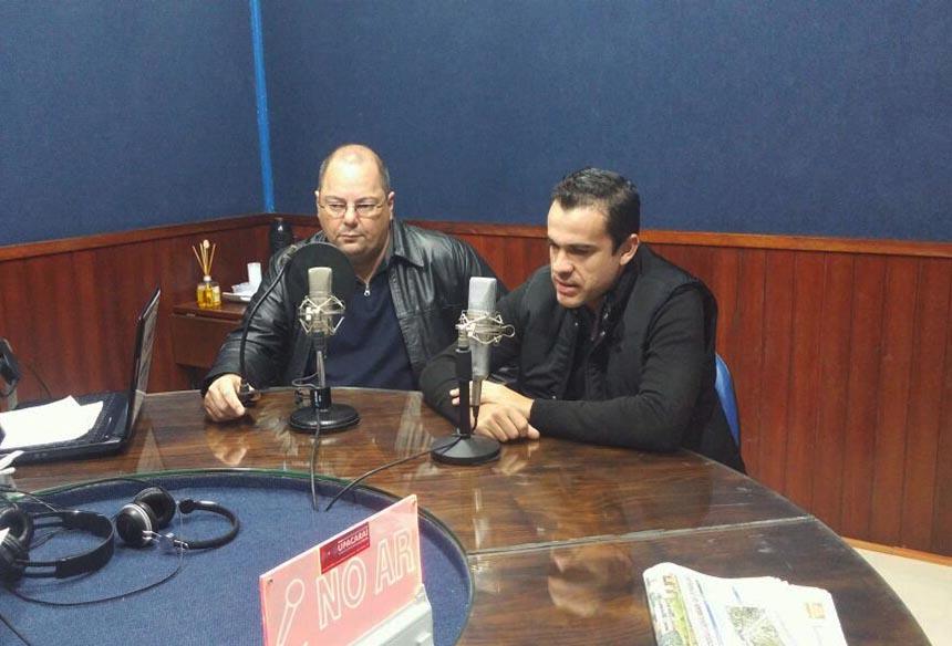 Photo of Presidente do Consepro e representantes da Polícia Civil e Lions Clube concedem entrevista à Rádio Upacaraí