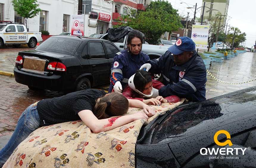 Photo of Palestras e simulação de acidentes marcam Dia D: Álcool e Direção Não Combinam