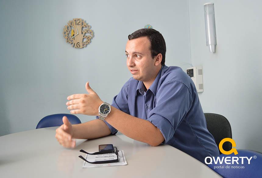 Photo of Vereador Jonathan Duarte fala sobre projetos e relação com o atual governo de Dom Pedrito