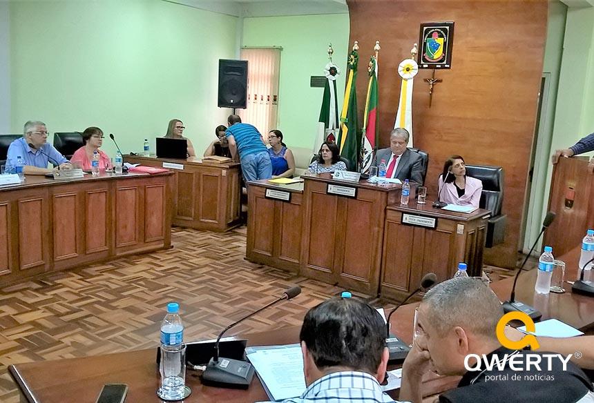 Photo of Assista a Sessão da Câmara de Vereadores de Dom Pedrito de 02/05/2017