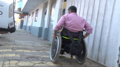 Photo of Igor mostra como é seu dia e as dificuldades enfrentadas por um cadeirante em Dom Pedrito; assista a reportagem