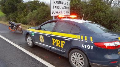Photo of PRF prende motociclista sem habilitação dirigindo embriagado em Santana do Livramento