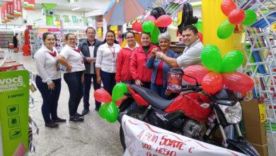 Photo of Conheça a cliente Sandra Denise, ganhadora da moto no sorteio do Mega Aniversário Peruzzo!