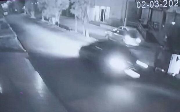 Photo of Veículo é flagrado trafegando na contramão na Rua Júlio de Castihos