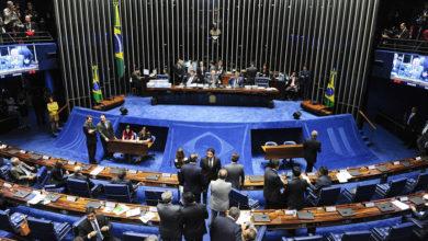 Photo of Senado aprova benefício de R$ 600 para autônomos e informais