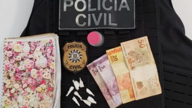 Photo of Polícia Civil prende dois homens por tráfico de drogas