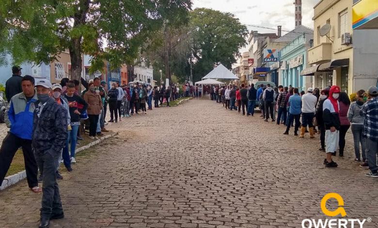 Photo of Caixa libera mais um saque do auxílio emergencial de R$ 600,00