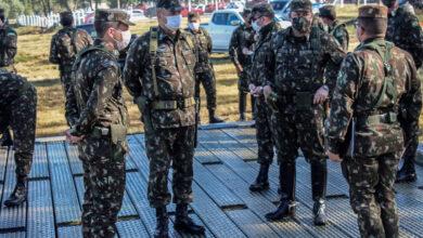 Photo of Generais em visita à 3ª Cia E Cmb Mec